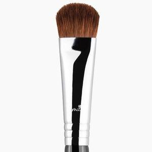 SIGMA soft focus shader brush